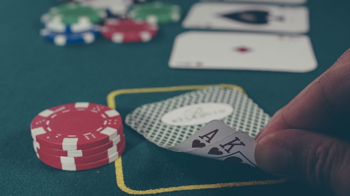 The Primary Article On Online Gambling